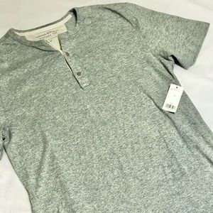 New! Banana Republic Vintage Tee